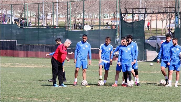 Karaköprü Belediyespor Muğlaspor'a Hazırlanıyor