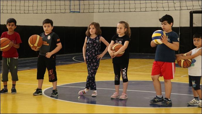 Karaköprü'de çocuklardan basketbol kursuna yoğun ilgi-(VİDEO)