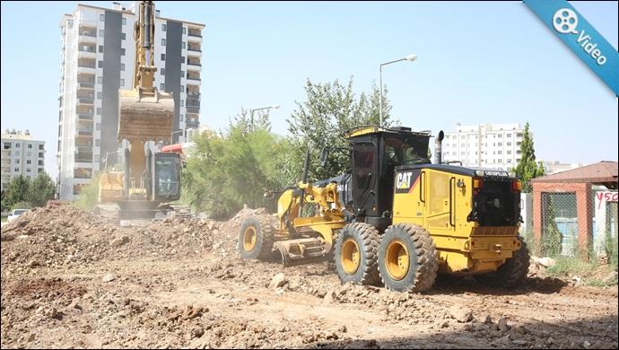 Karaköprü'de Yol Seferberliği Aralıksız Sürüyor