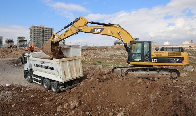 Karaköprü'ye Yeni Yollar Kazandırılıyor