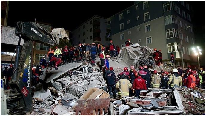 Kartal'da çöken binada yaşamını yitirenlerin sayısı 18 oldu