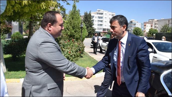 Kırıkçı'dan Viranşehir Belediyesi'ne Ziyaret