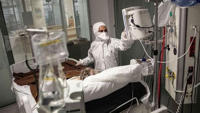 Kovid-19'dan 45 kişi daha yaşamını yitirdi