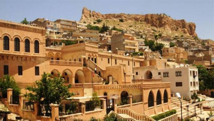 Mardin'de yolsuzluk operasyonu: 19 gözaltı