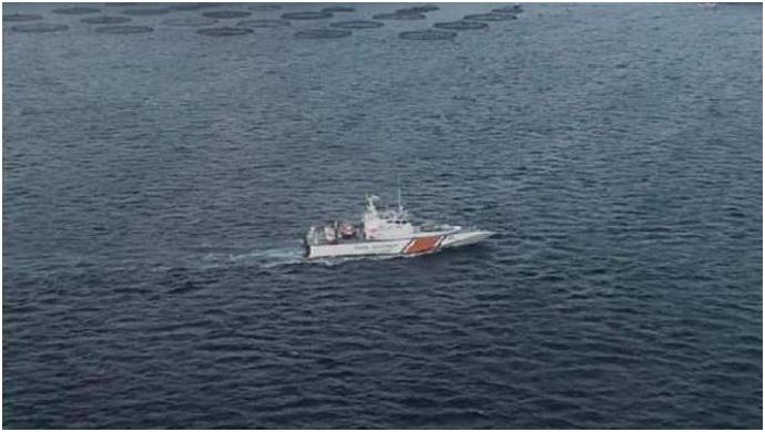 Mültecileri Taşıyan Tekne Battı: 10 Kişi Kayıp