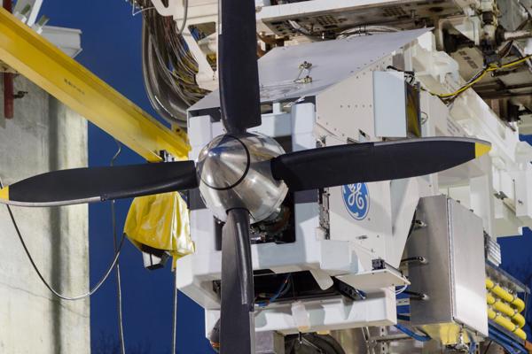 NASA hibrit elektrik teknolojisi test aracı için GE Havacılık'ı seçti