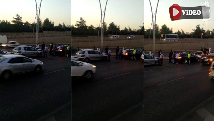 Necmettin Cevheri Bulvarı'nda kaza! 5 araç birbirine girdi