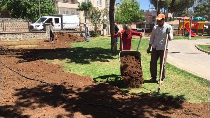 Park ve yeşil alanlarda yenileme çalışması başlatıldı