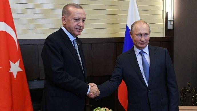 Putin: Suriye hükümeti ve Kürtler arasında diyalog başlamalı Erdoğan: Askeri harekete verilen ara 150 saat daha uzatıldı