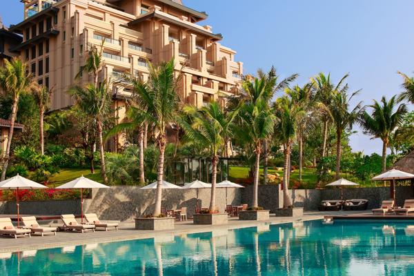Raffles Hotels & Resorts tatil köyleri ile yükselişini sürdürüyor