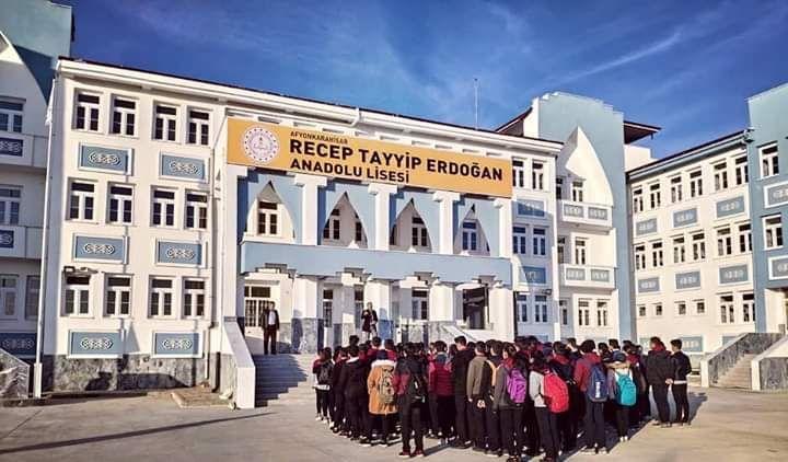 Recep Tayyip Erdoğan Anadolu Lisesi, eğitim – öğretime başladı