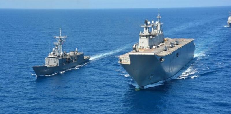 Rus savaş gemileri Suriye'deki üslerinden ayrılıyor