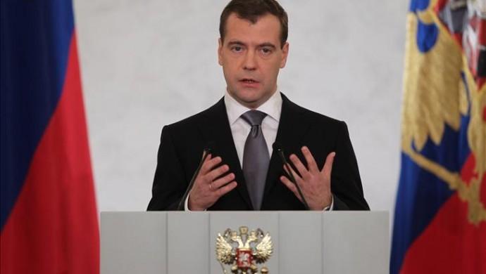 Rusya Başbakanı hükümetin istifa edeceğini açıkladı