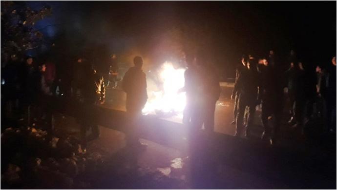 Şanlıurfa'da Elektrikleri Kesilen Mahalleli Eylem Yaptı-(Videolu)
