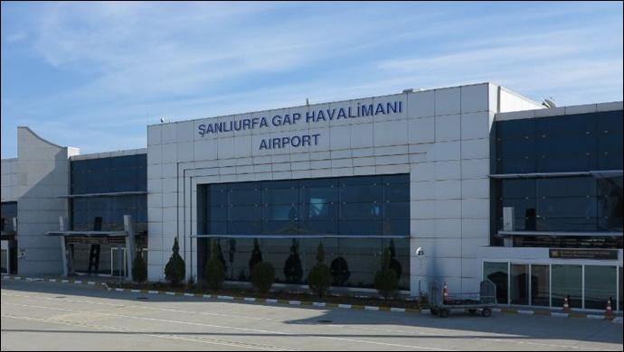 Şanlıurfa'da havalimanında ayakkabıya gizlenmiş uyuşturucu ele geçirildi