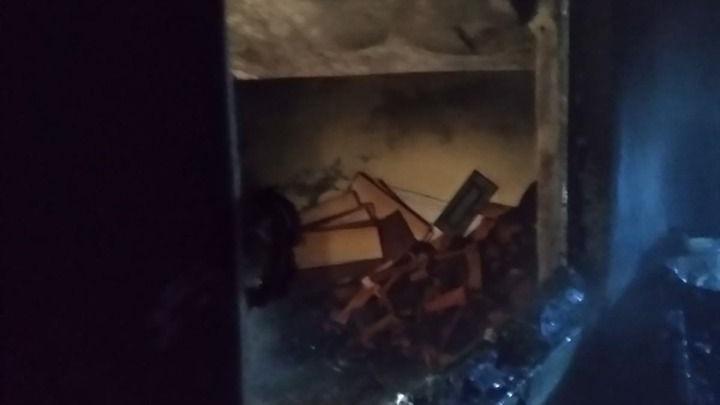 Şanlıurfa'da mesken yangını ! Anne ve Çocuğunu itfaiye ekipleri kurtardı-(Video)