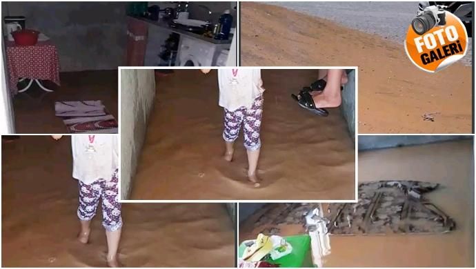 Şanlıurfa'da Su borusu patladı evleri su bastı