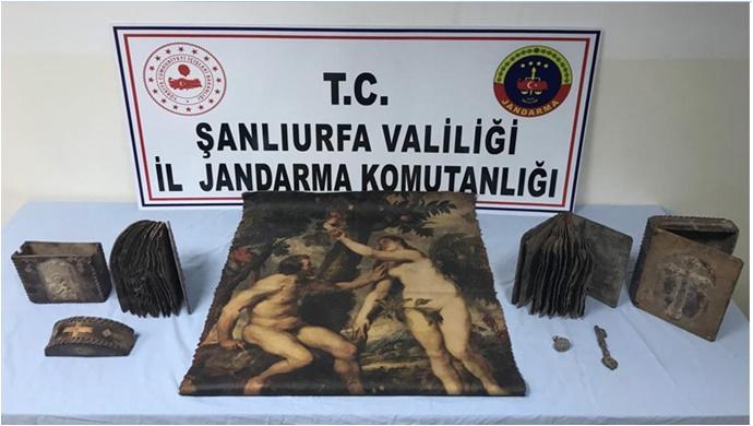 Şanlıurfa'da Tarihi Eser ve Silah Kaçakçılığı operasyonu.7 Gözaltı