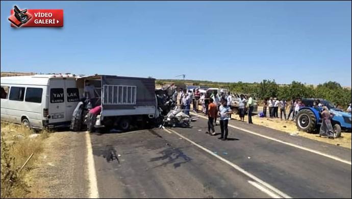 Şanlıurfa'da trafik kazası,çok sayıda yaralı