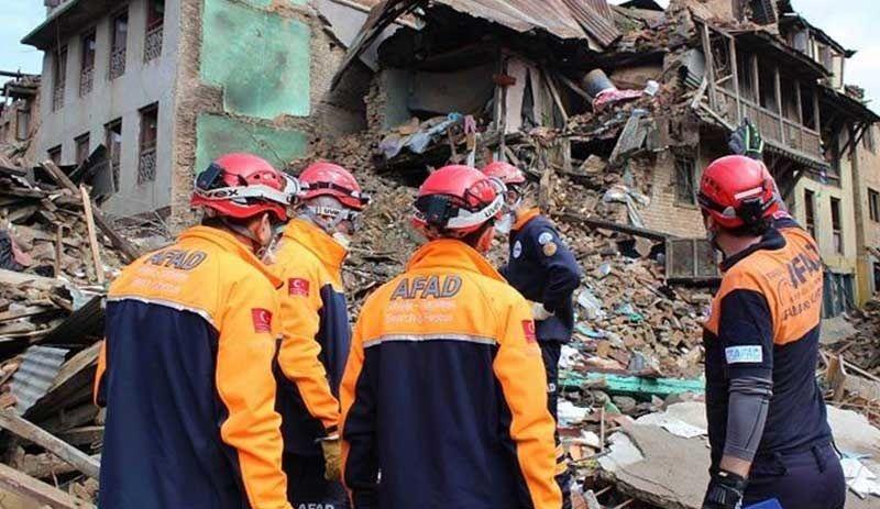 Şanlıurfa'dan İzmir'e arama kurtarma ekibi gönderildi