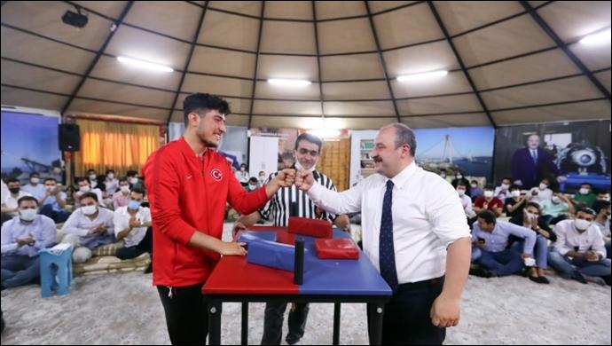 Şanlıurfalı Milli Sporcu Abdulsamet Türkiye 2.'Si Oldu