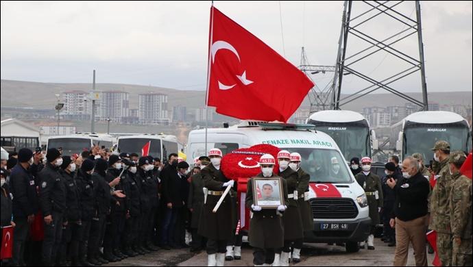 Şanlıurfalı Şehit Gaziantep'te son yolculuğuna uğurlandı