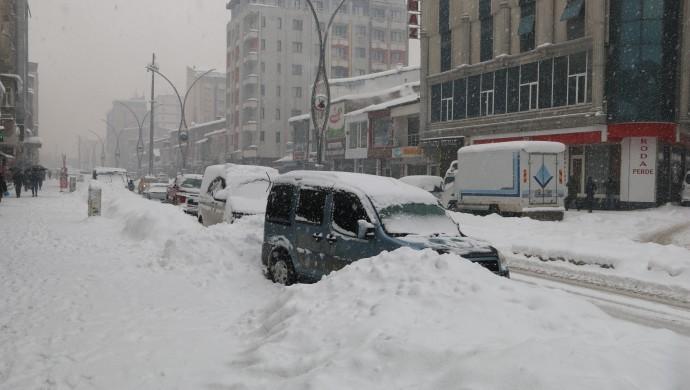 Serhat'ta bin 596 yerleşim yerine ulaşım sağlanmıyor
