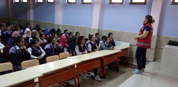 Siverek Sosyal Hizmet Merkezi 7 bin 500 vatandaşa eğitim verdi