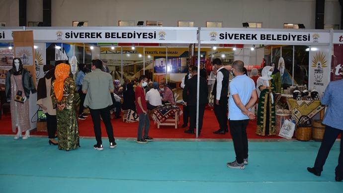 Siverek'in yöresel ürünler standı yoğun ilgi gördü