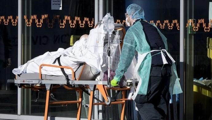 Son 24 saatte Korona'da 62 can kaybı