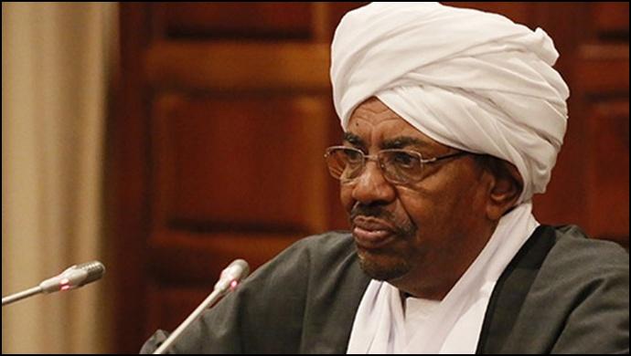 Sudan Devlet Başkanı Ömer el Beşir görevi bıraktı!