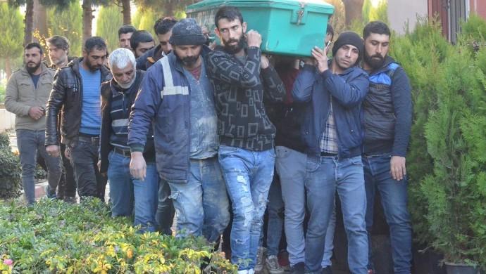 Suriyeli 8 göçmen Turgutlu'da toprağa verildi