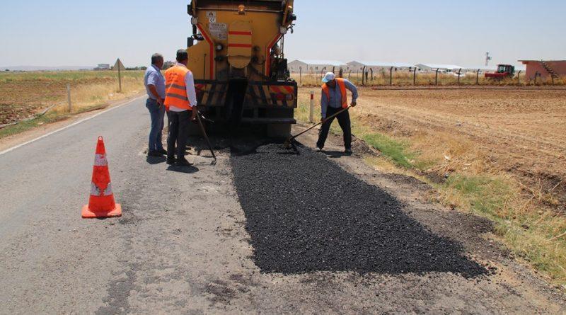 Suruç Belediyesi'nden yama asfalt çalışmaları