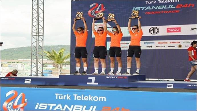 Suzuki Kadın Bisiklet Takımı, 24 saat süren dayanıklılık yarışının birincisi oldu