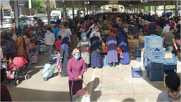 Tam kapanmaya saatler kaldı: Şanlıurfalı vatandaşlar pazara akın etti