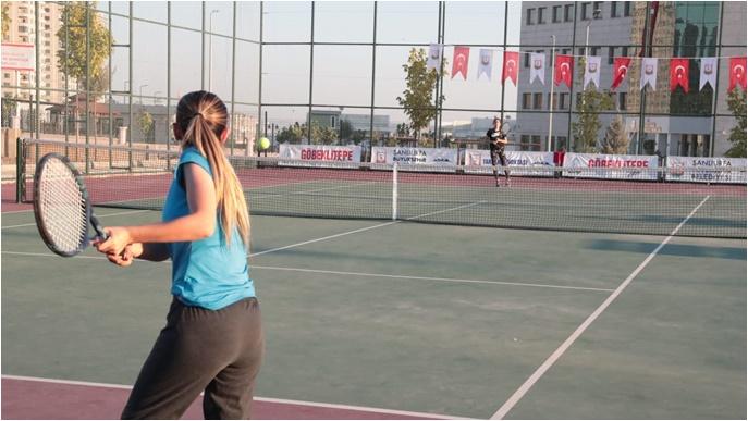 Tenis Turnuvası Sona Erdi-(VİDEO)