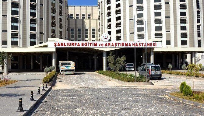 Urfa-Akçakale yolunda feci kaza: 1'i ağır 3 yaralı