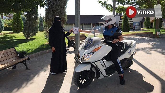 Urfa polisi vatandaşları Covid-19 hakkında bilgilendirdi