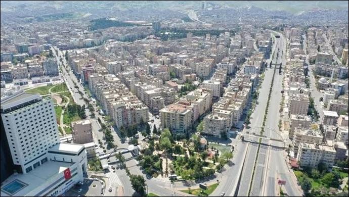 Urfa'da 31 saatlik sokağa çıkma kısıtlaması başladı