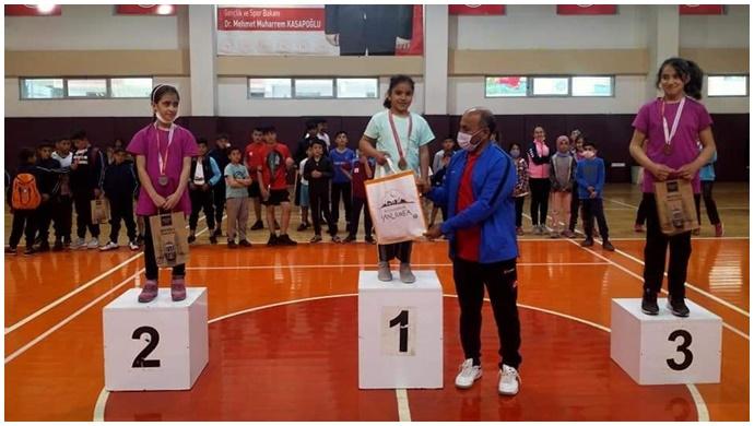 Urfa'da badminton turnuvasının kazanları belli oldu