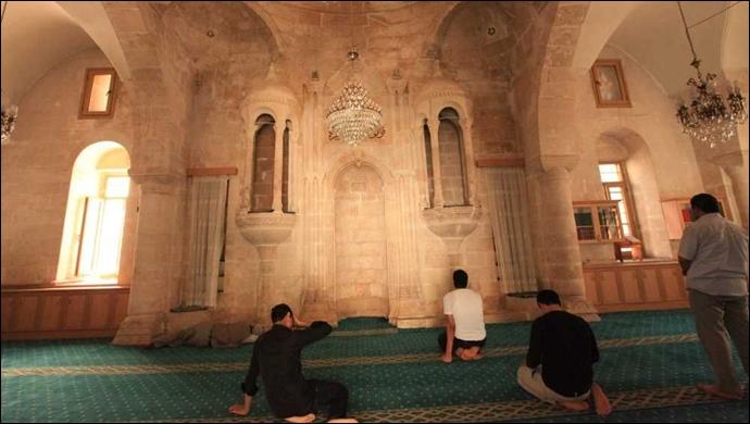 Urfa'da bayram namazı camide kılınacak mı? Saat kaçta kılınacak