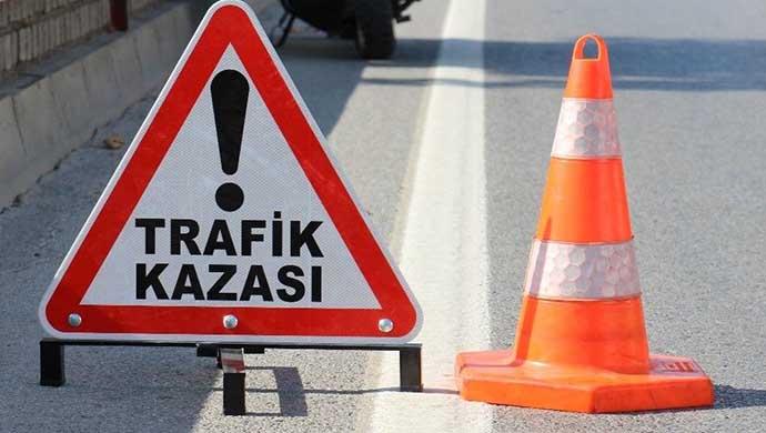 Urfa'da Kamyon ile Otomobil çarpıştı: 6 yaralı