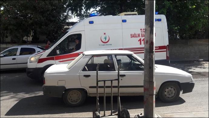 Urfa'da Kardeşlerin alacak kavgasında bıçaklar konuştu:2 yaralı