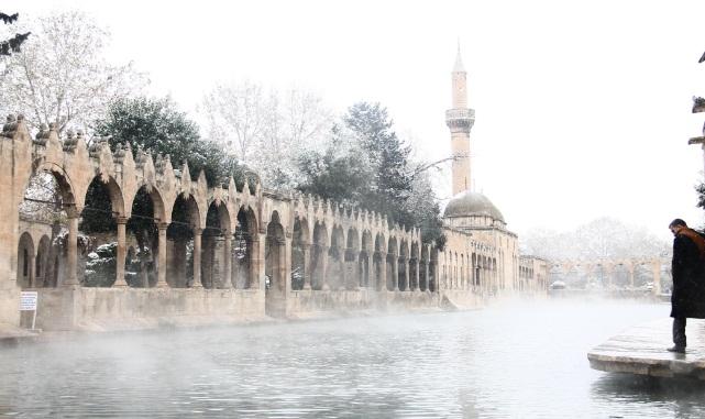 Urfa'da yağışlar bir geldi, pir geldi