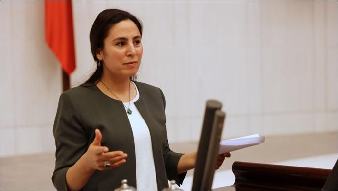 Urfa'nın uçak sefer sorunu meclise taşındı! Bakan Karaismailoğlu'na soruldu