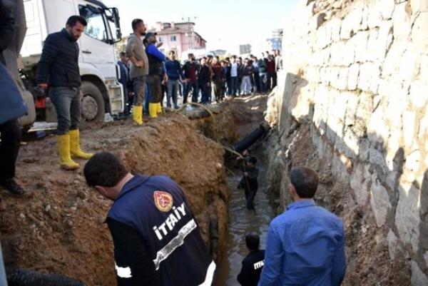 Üstü kapatılmayan kanalizasyon çukuruna düşen çocuk ağır yaralandı