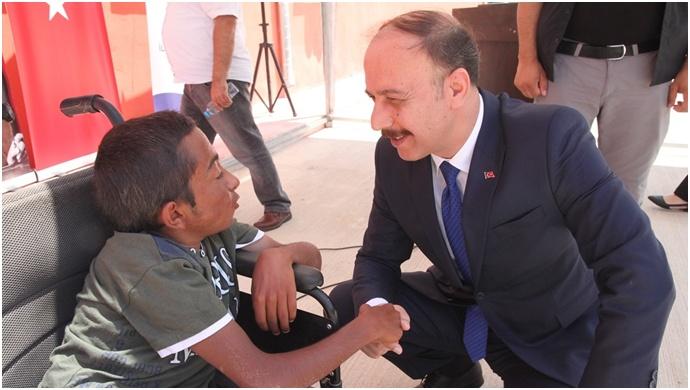 Vali Erin: Engellileri Anlamak İçin Empati Kurun