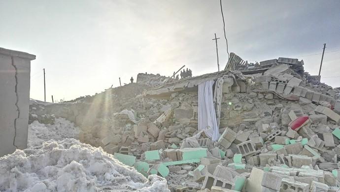 Van'da 5.8 büyüklüğünde bir deprem daha