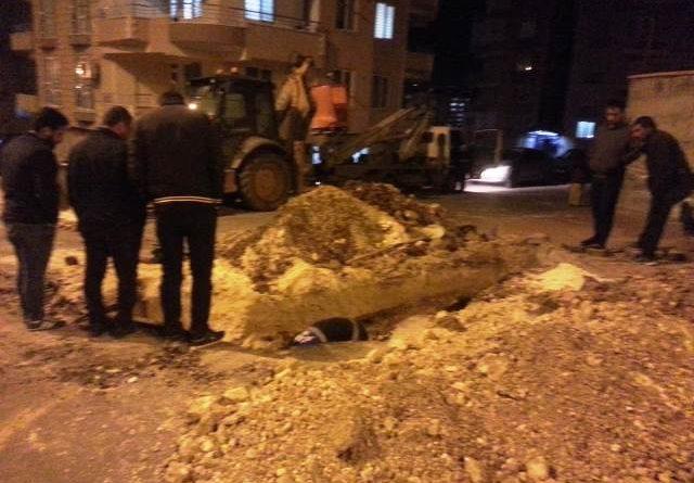 Vatandaşlardan DEDAŞ'a vicdan çağrısı: 13'ten beri elektrik yok