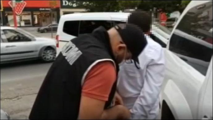 Vatandaşları illegal yollara sevk eden şahıs gözaltına alındı-(VİDEO)